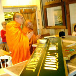 Gold Leafed Sign for Som Siam Gets a Special Blessing