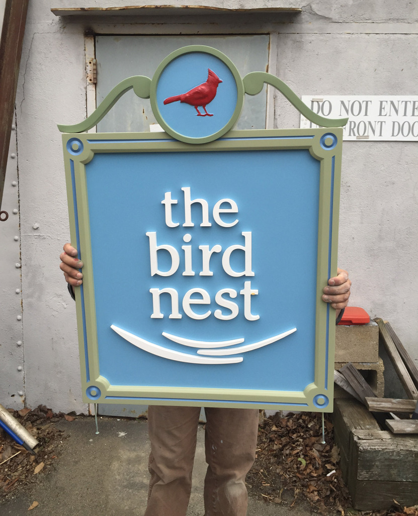 Carved-sign-for-the-Bird's-Nest